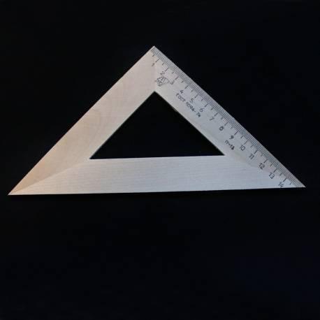Trikampis medinis